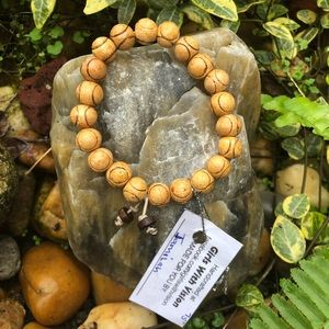 NWT Wooden Beads Bracelet Made in Nairobi by GWV